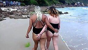 Melissa na Praia Melissa alecxander POV sex and cum on tits at the beach