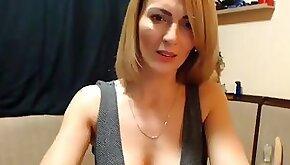 Gorgeous horny webcam show orgasm