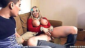 Rebecca More Jordi el Nino Polla Just One Clit Away busty pornstar