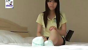 Asian cute latina girl show us foot!