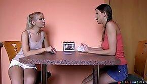 Amateur teens in scenes of seductive oral fun