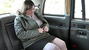 BBW Laura Lula gets her pussy fingered slammed before back seat anal