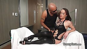 Guy fucked tranny in leather