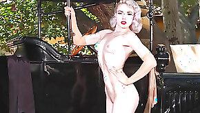 Stunning honey Mosh in the vintage posing video