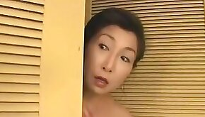 Mature Japanese wife gets fucked in the bathroom